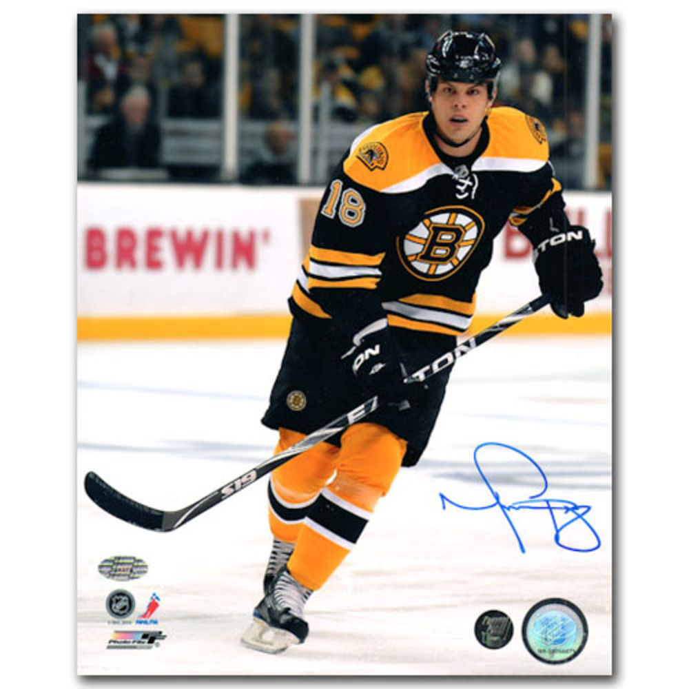 Nathan Horton Autographed Boston Bruins 16X20 Photo (Columbus Blue Jackets)