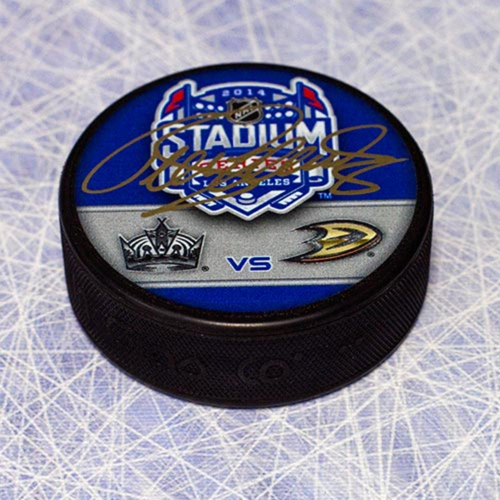 Teemu Selanne Anaheim Ducks Autographed Stadium Series Puck