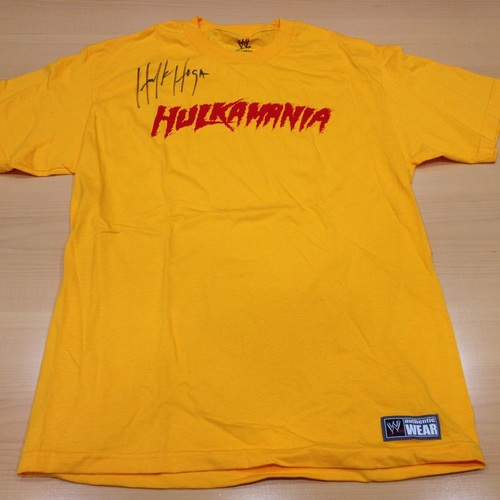 Hulk Hogan SIGNED Yellow Hulkamania T-Shirt