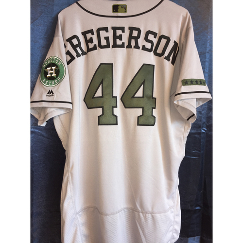 Photo of Luke Gregerson Game-Used Memorial Day Camo Jersey