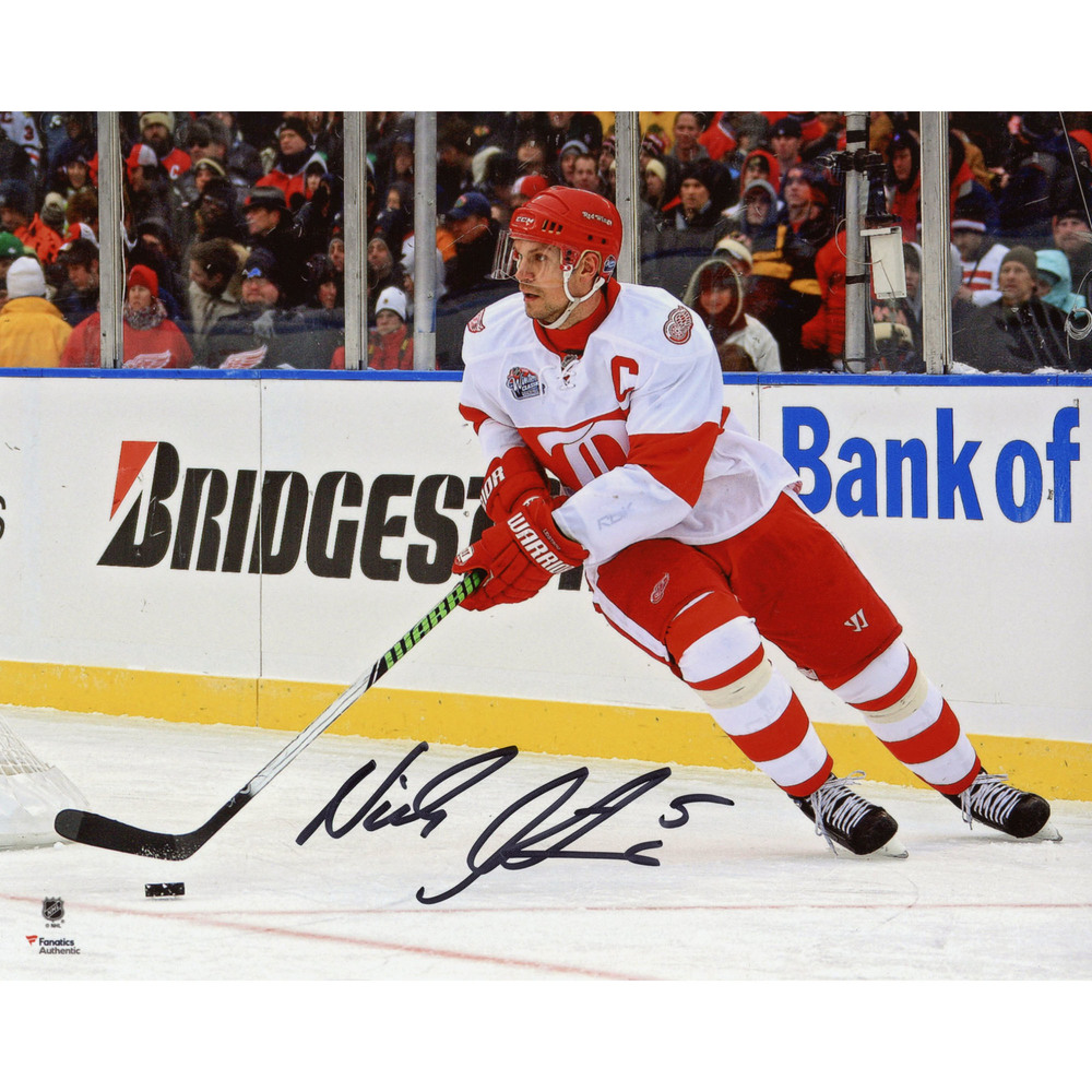 Nicklas Lidstrom Detroit Red Wings Autographed 8