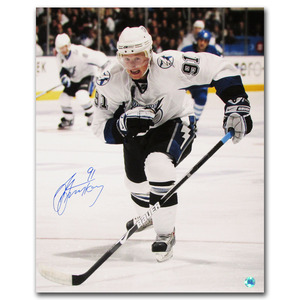 Steven Stamkos Autographed Tampa Bay Lightning 16X20 Photo