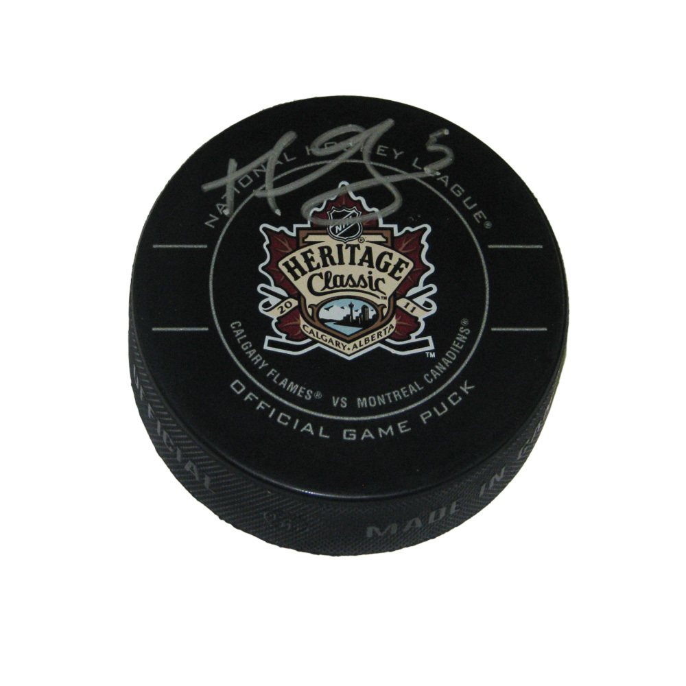 MARK GIORDANO Signed 2011 NHL HERITAGE CLASSIC Official Game Puck - Calgary Flames