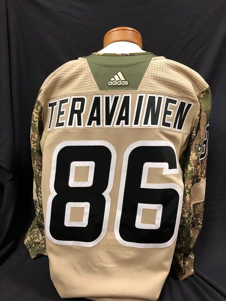 Teuvo Teravainen #86 Autographed Military Appreciation Jersey