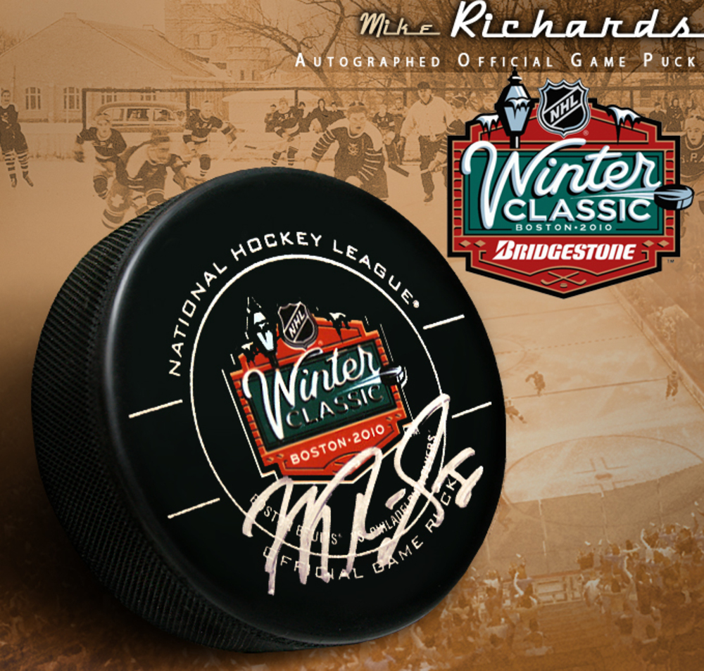 MIKE RICHARDS Signed 2010 NHL WINTER CLASSIC Philadelphia Flyers Official Game Puck