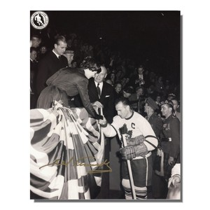 Ted Kennedy (deceased) Autographed Vintage Toronto Maple Leafs 8x10 Photo