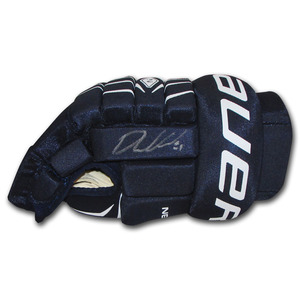 Phil Kessel Autographed Bauer Hockey Glove (Pittsburgh Penguins)