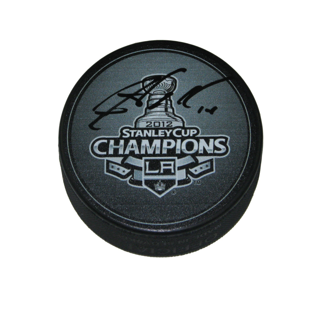 JUSTIN WILLIAMS Signed 2012 Stanley Cup Champions Puck - Los Angeles Kings