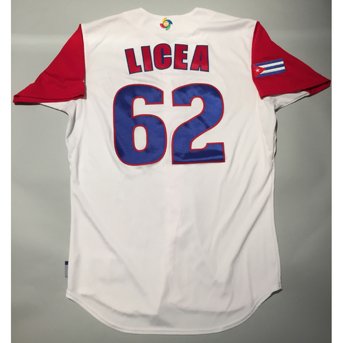 Photo of 2017 WBC: Cuba Game-Used Home Jersey, Licea #62