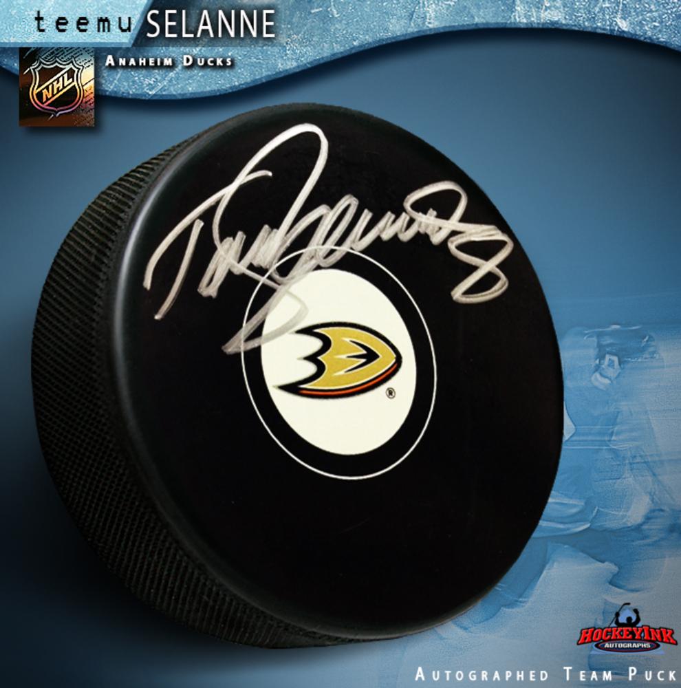 TEEMU SELANNE Signed Anaheim Ducks Puck