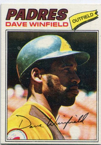 Photo of 1977 Topps #390 Dave Winfield -- Hall of Famer