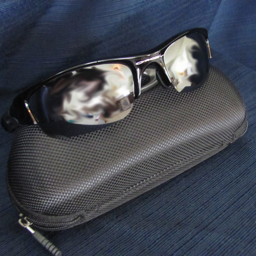 UMPS CARE AUCTION: Oakley FLAK JACKET High Definition Optic Sunglasses