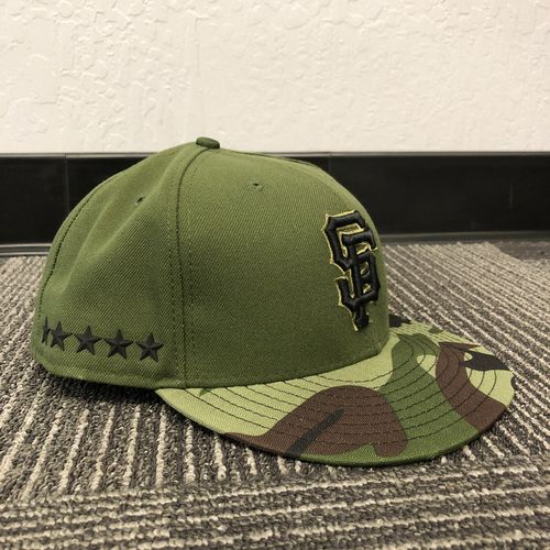 Photo of San Francisco Giants - HOLIDAY STEALS - 2017 Game-Used Cap - Memorial Day - worn by #15  Bruce Bochy - (Size: 8)