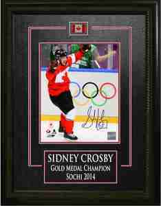 Sidney Crosby - Signed 8x10 Etched Mat Team Canada 2014 Olympics Arms Raised