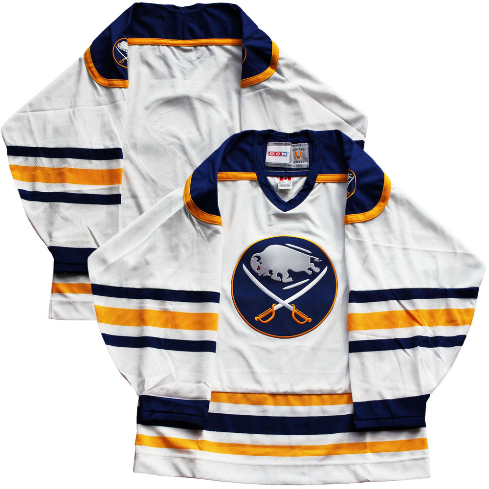 Buffalo Sabres - White Vintage CCM Jersey (Size Large)