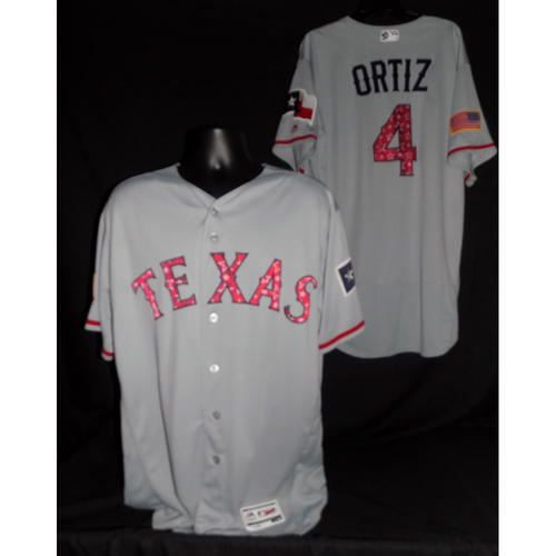 Photo of Hector Ortiz 2017 Game-Used Stars and Stripes Jersey