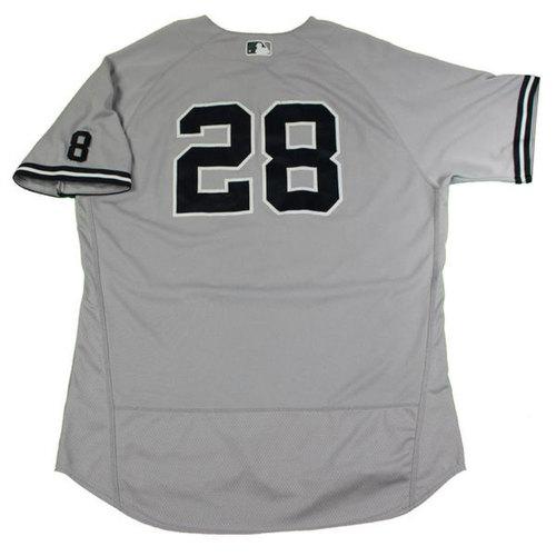 Photo of Joe Girardi New York Yankees 2016 Game-Used #28 Grey Jersey (Cool Base)(9/25/2016)