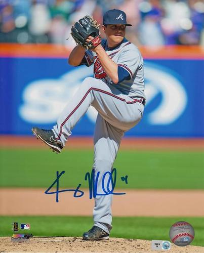 Photo of Kris Medlen Autographed 8x10