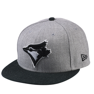 Heather Action Black/Grey Fitted Cap by New Era