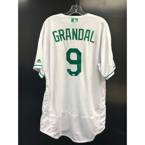 Photo of LA Dodgers Foundation Auction: Yasmani Grandal Team-Issued St. Patrick's Day Jersey