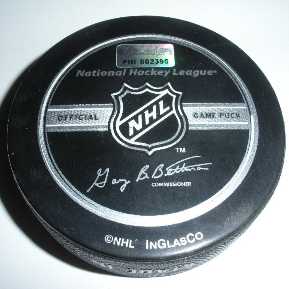 Anze Kopitar - Los Angeles Kings - Goal Puck - January 29, 2008 (Flyers Logo)