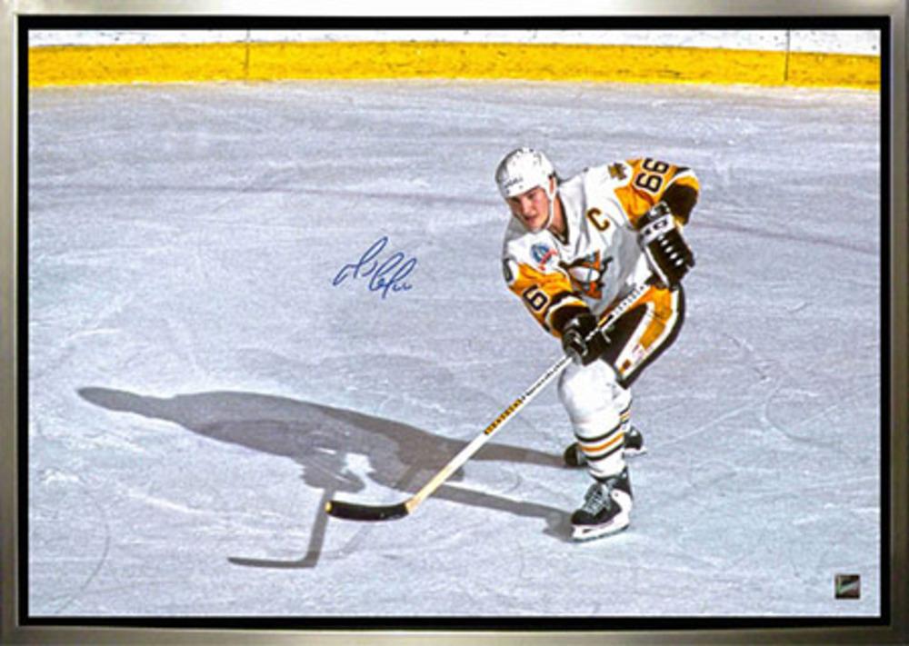 Mario Lemieux - Signed & Framed 24x35