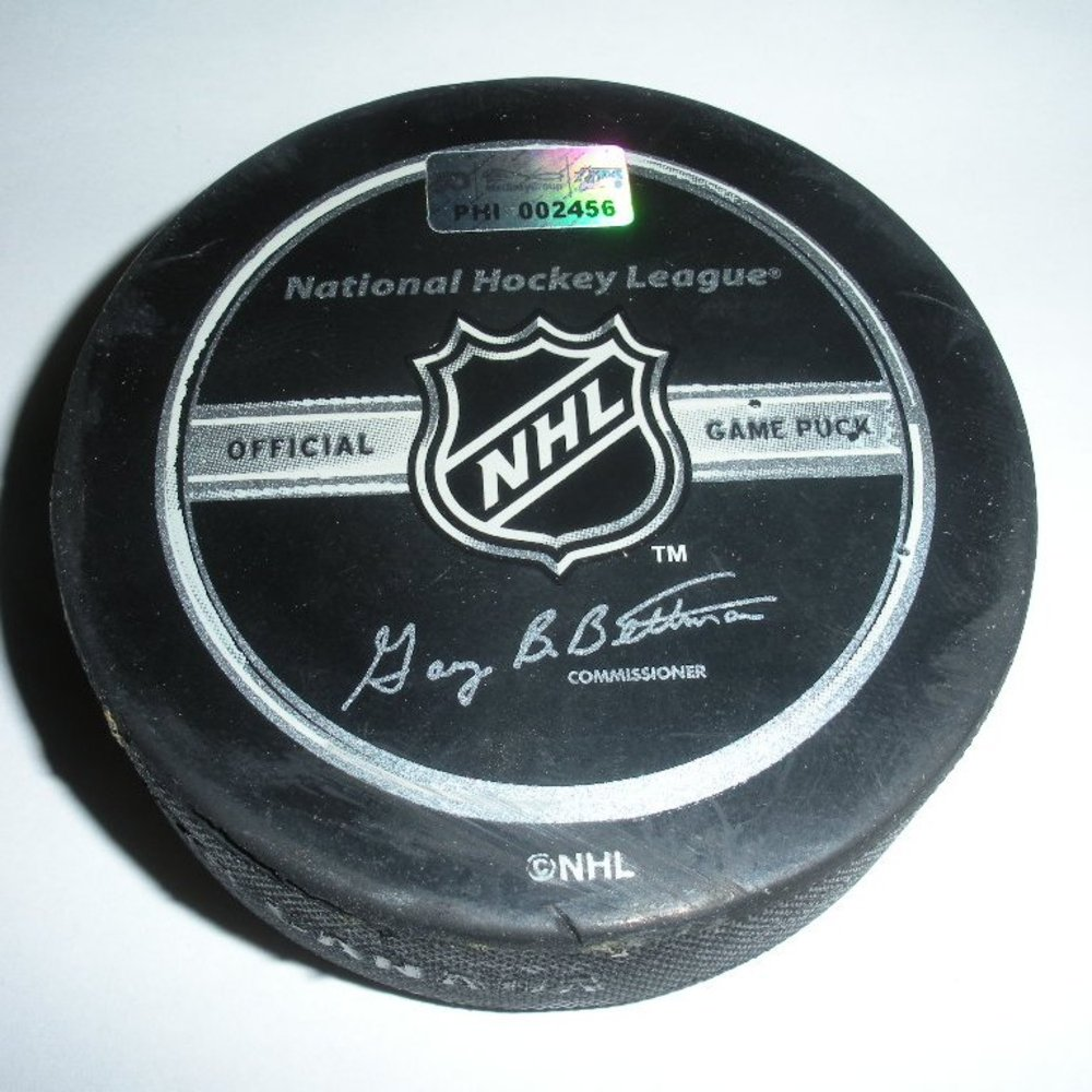 Jason Spezza - Ottawa Senators - Goal Puck - February 28, 2008 (Flyers Logo)