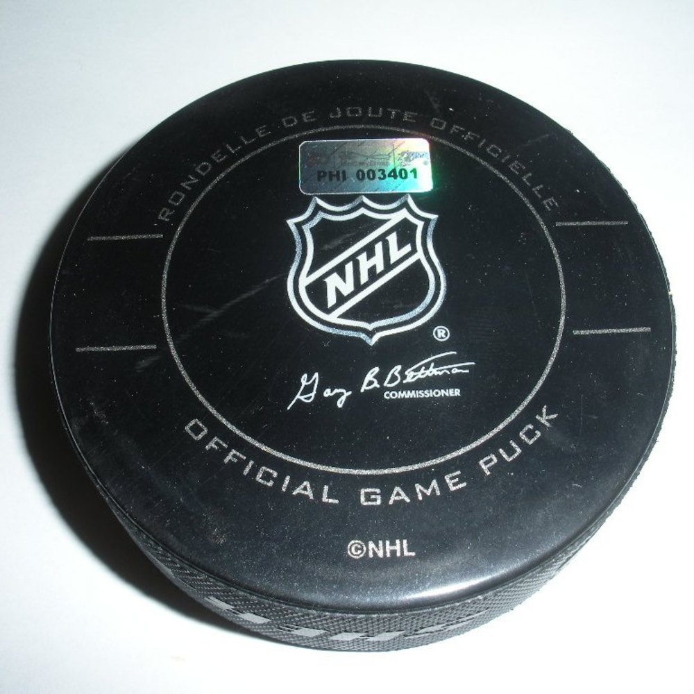 John Tavares - New York Islanders - Goal Puck - December 8, 2009 (Flyers Logo)