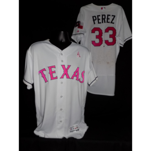 Photo of Martin Perez 2017 Game-Used Mother's Day Jersey