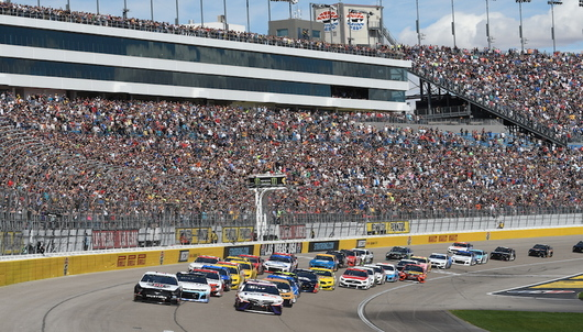 NASCAR PENNZOIL 400 AT LAS VEGAS MOTOR SPEEDWAY + HOTEL - PACKAGE 1 OF 5