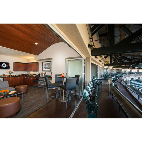 Giants End of Year Auction: 10/1/2017 Giants Luxury Suite for 20
