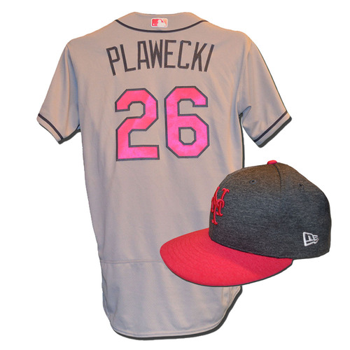Photo of Kevin Plawecki #26 - Game Used Mother's Day Jersey and Hat - Mets vs. Brewers - 5/14/17
