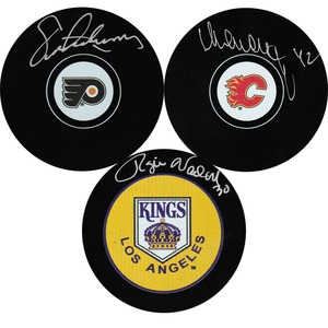 2016 Hockey Hall of Fame Inductees Puck Lot - Eric Lindros, Sergei Makarov & Rogie Vachon