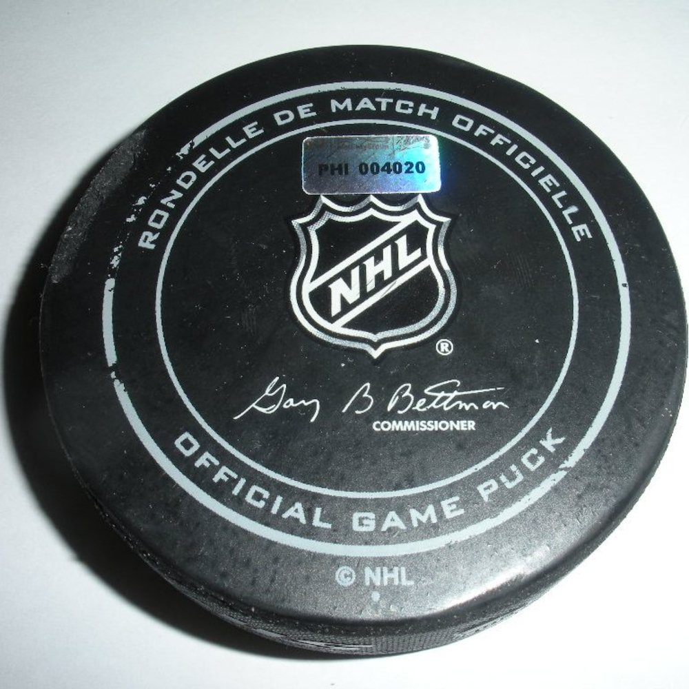 Dwight King - Los Angeles Kings - Goal Puck- March 24, 2014 - (Flyers Logo)