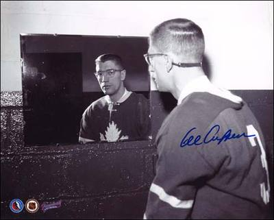 AL ARBOUR Toronto Maple Leafs SIGNED 8x10 Photo Dressing Room Photo