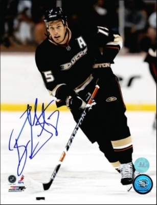 RYAN GETZLAF Anaheim Ducks SIGNED 8x10 Photo Action Photo