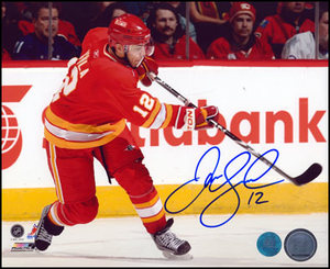 Jarome Iginla Calgary Flames Autographed Shooting 8x10 Photo