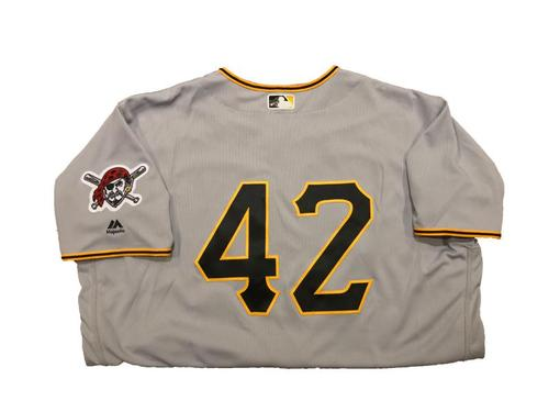 Photo of Andrew McCutchen Game-Used Jackie Robinson Day Jersey (1 for 4, HR, 3 RBI)