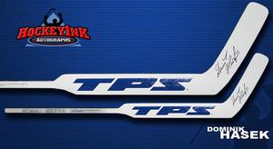 DOMINIK HASEK Signed TPS Player Model Stick w/ Buffalo Sabres Stats