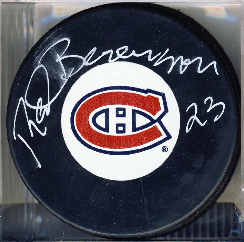 RED BERENSON 1972 Summit Series SIGNED Canada/CCCP Puck *Autograph Slightly Smudged*