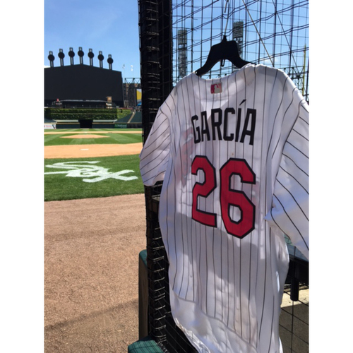 Photo of Avisail Garcia Game-Used 2017 Mother's Day Jersey - Size 50