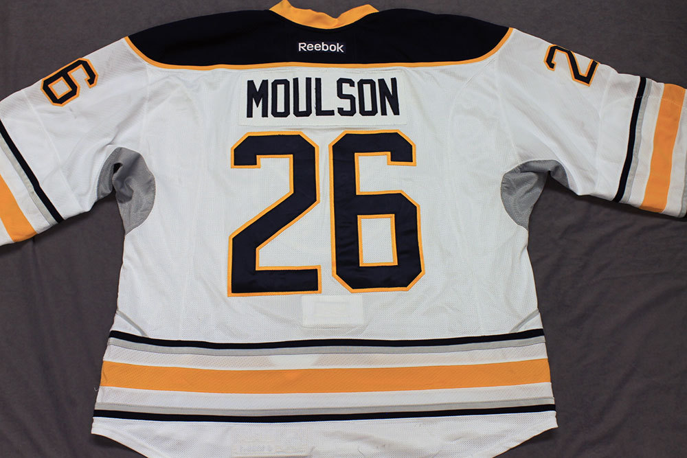 Matt Moulson Game Worn Buffalo Sabres Away Jersey.  Serial: 1039-1. Set 1 - Size 58.  2013-14 season.