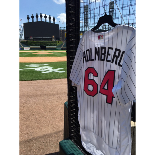 Photo of David Holmberg Game-Used 2017 Mother's Day Jersey - Size 48