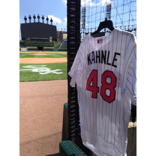 Photo of Tommy Kahnle Game-Used 2017 Mother's Day Jersey - Size 48