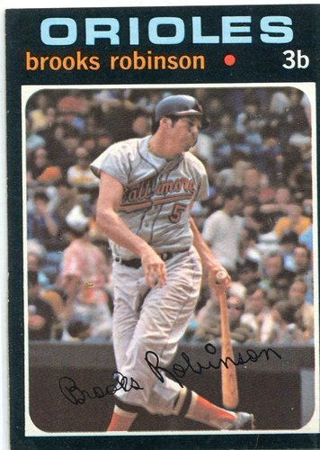 Photo of 1971 Topps #300 Brooks Robinson -- Orioles Hall of Famer