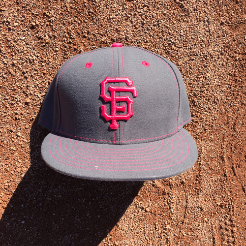 Photo of San Francisco Giants - 2016 Game-Used Cap - Mothers Day - worn by #2 Denard Span (Size: 7 1/2)
