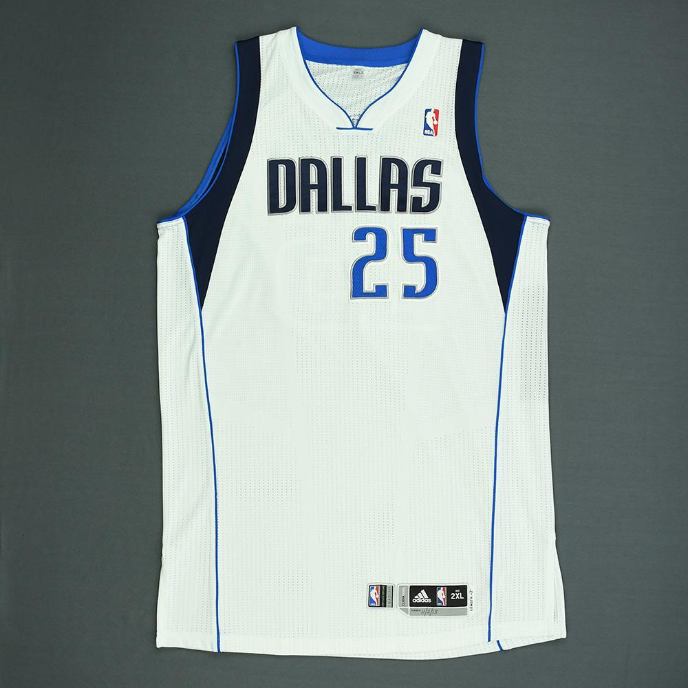 Vince Carter - Dallas Mavericks - Game-Worn Jersey (1 of 2) - 2013-14 NBA Season