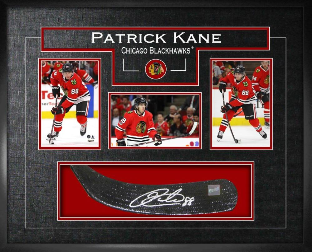 Patrick Kane - Signed Stickblade Blackhawks w/3-4x6 Photos