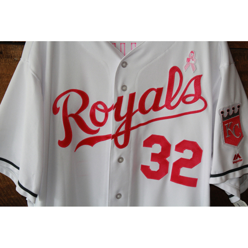 Photo of Chris Young Game-Used Mother's Day Jersey: May 14, 2017 BAL at KC (Size 54 )