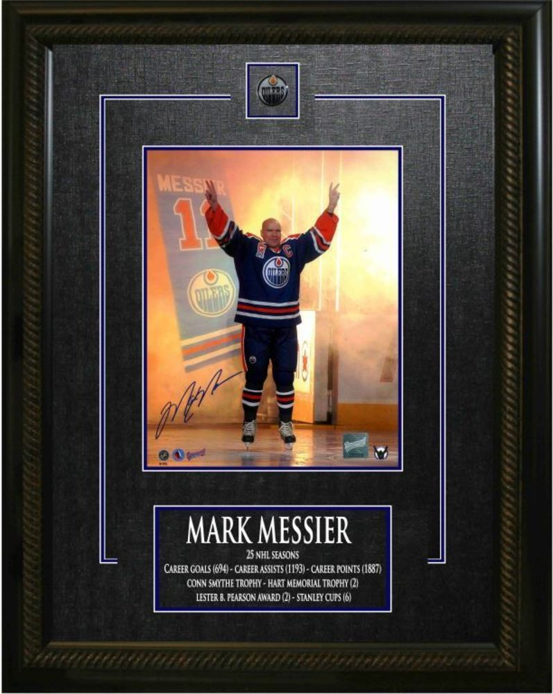 Mark Messier Signed 8x10 Career Achievement Frame